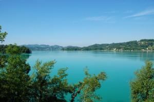 Panorama sur le Lac d'Aiguebelette