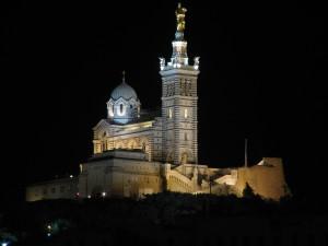 Notre-Dame_de_la_Garde_de_nuit